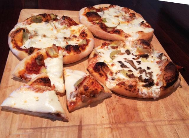 Mushroom Artichoke Pizza